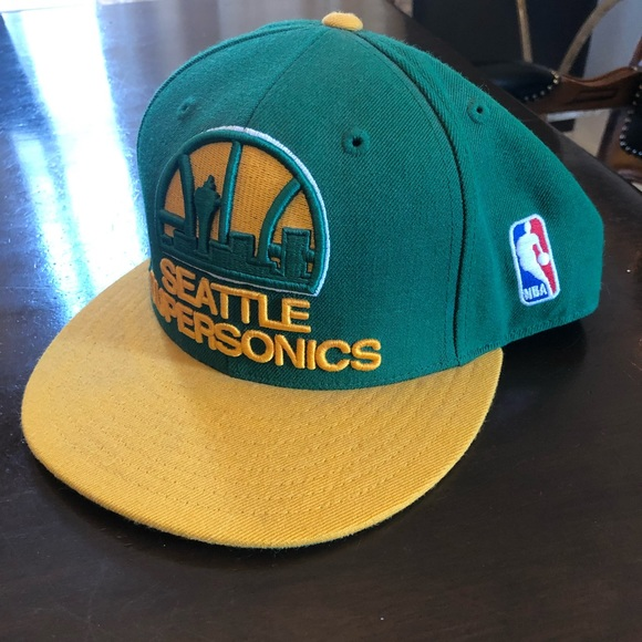 18e35ef6 Mitchell & Ness Accessories | Seattle Supersonics Fitted Hat | Poshmark